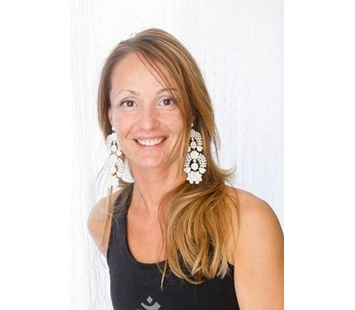 Czapári Edit Dittó jóga oktató